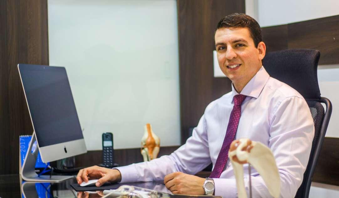 Ortopedista brasilia Dr Saulo Castro cirurgia de joelho